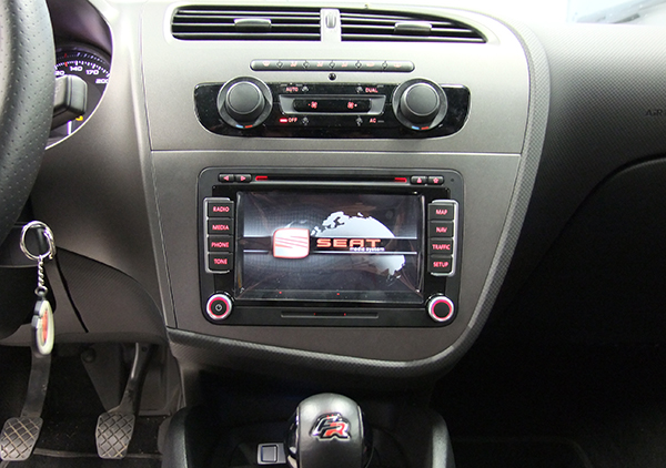 Car radio system with aux